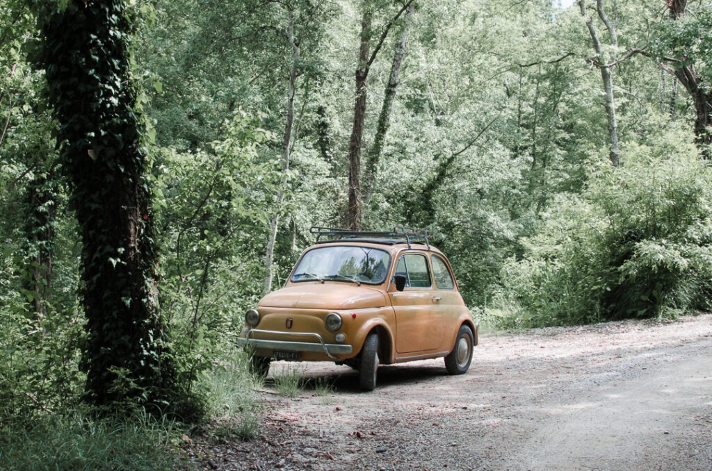 Just a little car spotted whilst walking the via francigena through Tuscany the other week...